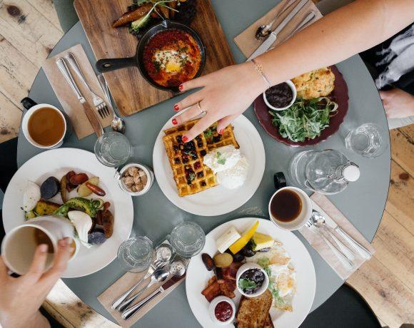 pranzare in compagnia