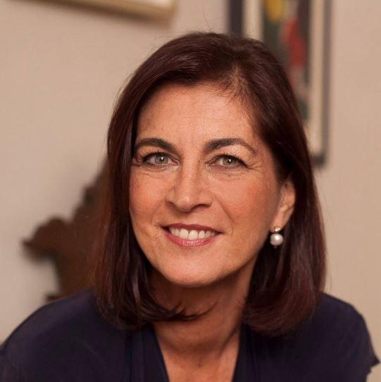 Maria Rosa Neri Alchimista di stile.