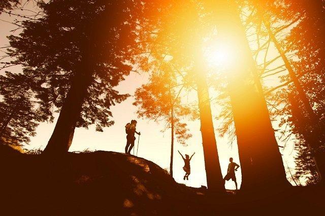 Benessere e Fitness antiage con nordic walking per tutte le età e tutta la famiglia. Natural Antiage