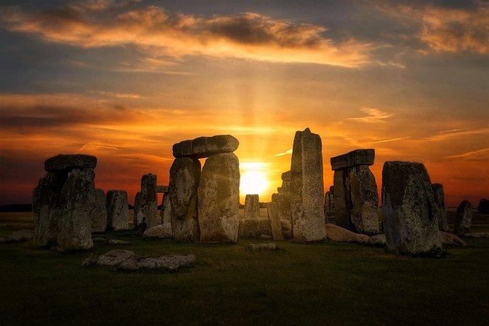 Stonehenge solstizio magico